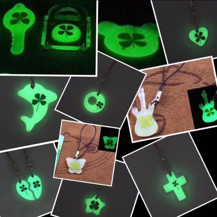Glow in the dark handphone clover strap