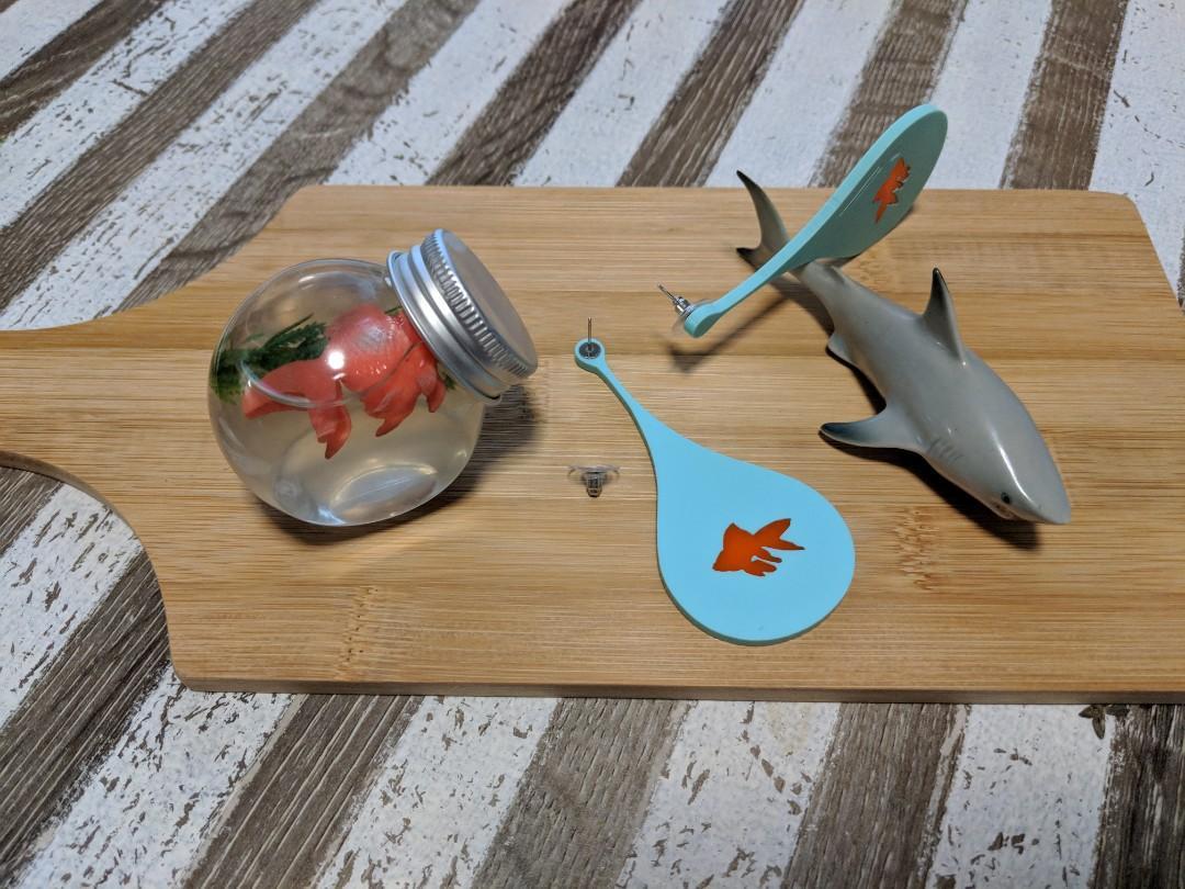 Goldfish bowl earrings - super light!