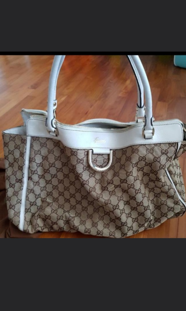 5d02bf6c4ecd Preloved Gucci Tote Bag, Luxury, Bags & Wallets, Handbags on Carousell