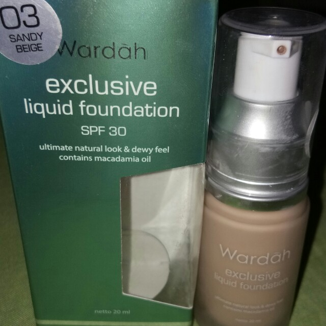 wardah exclusive liquid foundation no.03 sandy beige., Health & Beauty, Makeup on Carousell