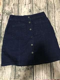 🚚 Bershka深藍色小短裙