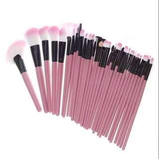SALE! 27 Set Wooden Make up Brush with Pouch Bag