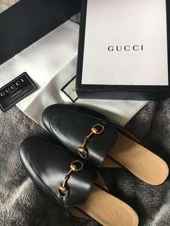 Women flats / shoes / slip ons