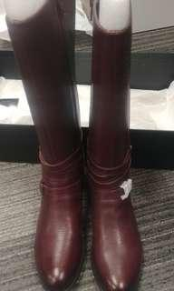 Brand new Naturalizer boots sz 8
