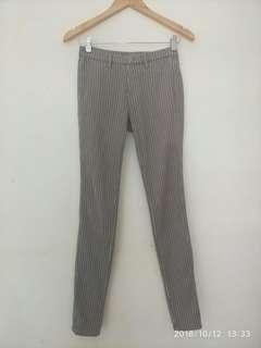 UNIQLO TROUSER GREY