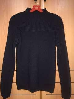 Turtle Neck Black top sweater pullover winter travel clothing 70% wool Sparkle men or women chest/shoulder 43cm