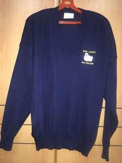Blue sweater pullover winter travel clothing shoulder 68cm x chest 59cm made in New Zealand 100% pure wool men or women