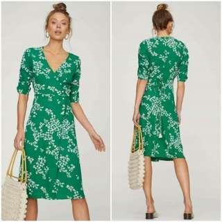 😊Wrap 3/4 sleeve green dress