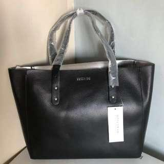 Kenneth Cole Large Tote (Authentic)