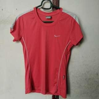 Nike Dri Fit Top/Sportswear