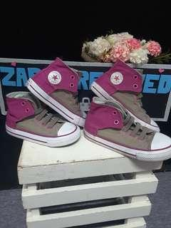 Converse Sneakers uk 9 & uk7-only rm100😘
