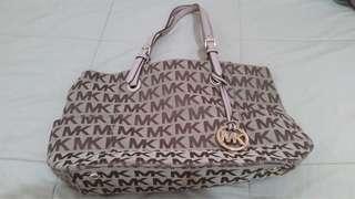 Authentic Michael korrs bag