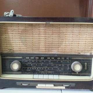 Radio Tua...antik...lama....vintage. ..rare