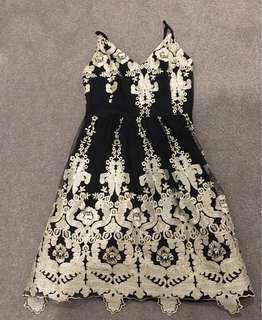 Mirrou Black and gold lace detailed dress