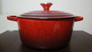 🚚 Le Creuset 鑄鐵鍋 Mickey Mouse典藏圓鍋 24cm 鋼頭