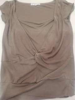 Blouse size 38