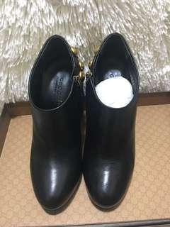 🚚 Gucci短靴