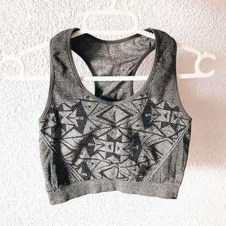 sm woman's sports wear set / sports bra + shirt