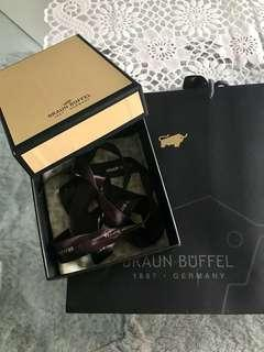 Braun Buffel wallet gift box and paperbag