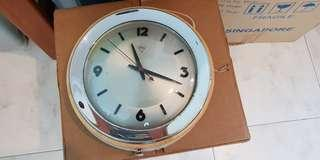 Vintage Diamond wall clock for cheap