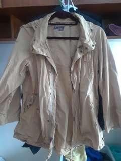 Jacket / parka / windbreaker