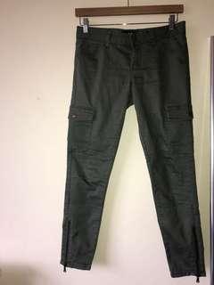 Khaki pants size 10 fits an 8