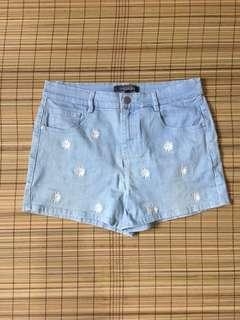 Floral embroidered denim shorts 30 inches