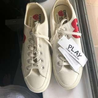 Comme des cargon play x converse collab shoe