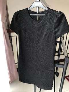 GG5 dress