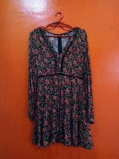 FOREVER 21 || Floral Plunge Dress
