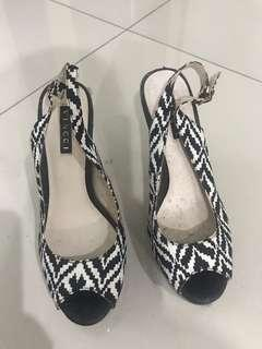 High Heels Vincci Black& White