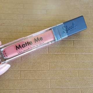 Sleek Matte Me Lip Cream: Birthday Suit