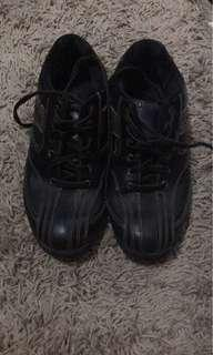 Black leather Dexter Us 7.5 bowling shoes sale (suit LH or RH) or Trade for a badminton/basketball/sport shoes