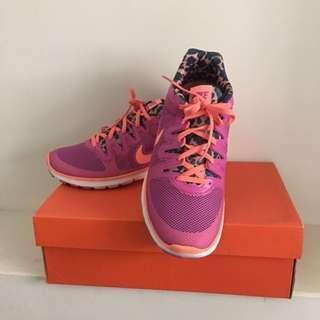 🚚 [倉庫出清] Nike WMNS AIR MAX FUSION PRT 訓練鞋