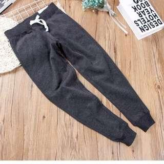 (new) dark grey sweatpants