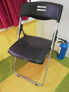 Chair 椅