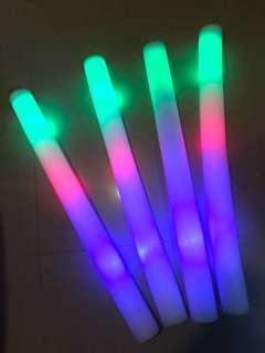 免費彩色閃燈棒棒x4