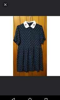 🚚 深藍點點百褶洋裝