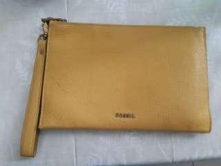 🚚 日本帶回FOSSIL黃色手拿包