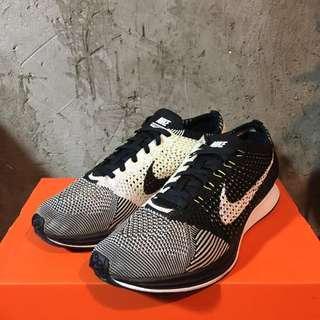 🚚 Nike FLYKNIT RACER 陰陽鞋