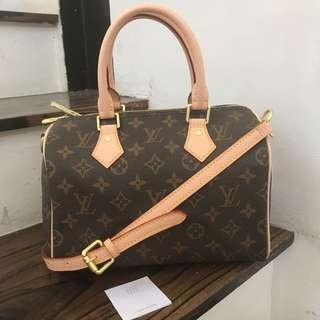 LV Bandouliere 25