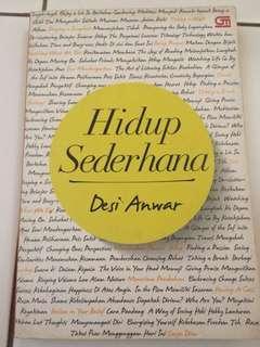 Buku Hidup sederhana karya Desi Anwar