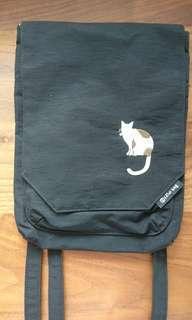 貓 斜咩袋