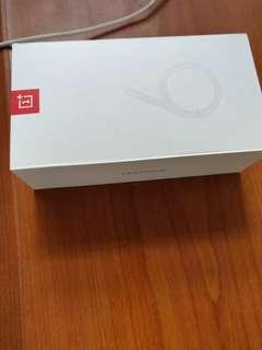 One plus 6 box only
