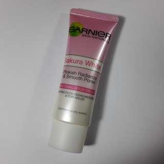 Garnier Pinkish Radiance & Smooth Pores