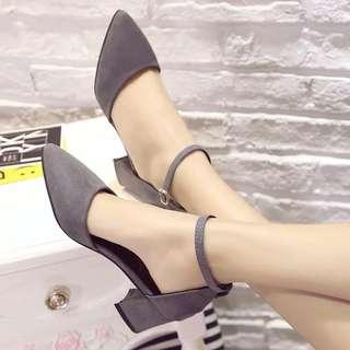 39號現貨一對 灰色 絨皮 涼鞋 一字 高跟鞋 尖頭