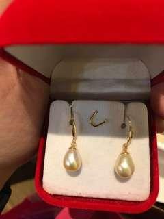 Pearl earrings from myanmar (Burma)