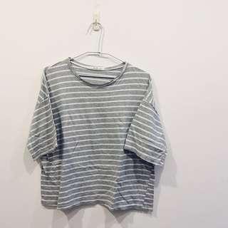 🚚 正韓🇰🇷灰色條紋寬鬆上衣