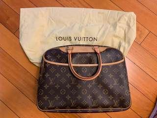 LV 手袋 Deauville style