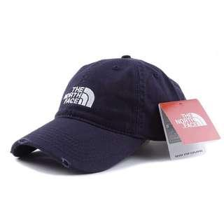 🚚 North Face Navy Cap
